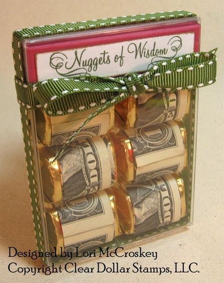 конфетки-шоколадки или шоколадные батончики, завернутые в купюры - идея подарка